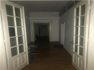 vanzare apartament 6 camere in zona calea mosilor Bucuresti