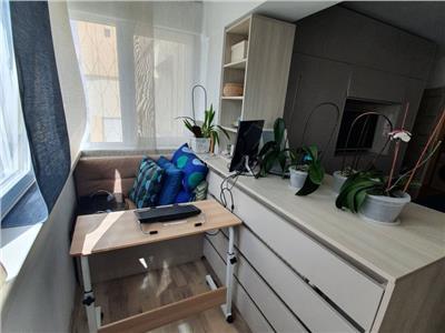 Vanzare apartament cochet 3 camere in zona Tei
