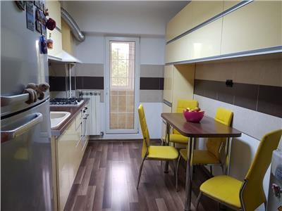 vanzare apartament deosebit 3 camere in zona colentina Bucuresti