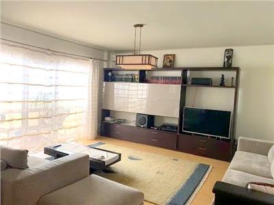 vanzare apartament spatios 3 camere pipera