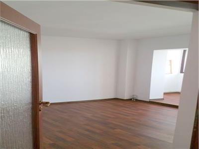 vanzare apartament 2 camere - banu manta/renovat Bucuresti