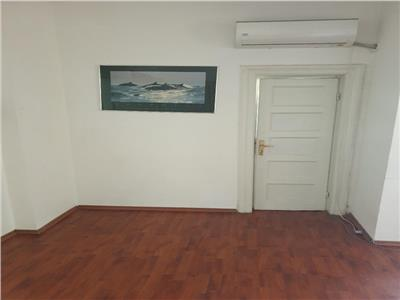 oferta inchiriere apartament in vila zona cotroceni Bucuresti