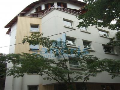 oferta inchiriere apartament tip duplex in zona primaverii Bucuresti
