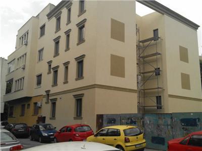 vanzare imobil tip clinica zona universitate Bucuresti
