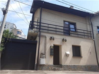 vanzare imobil tip vila compartimentat in 3 apartamente situat zona grivita Bucuresti