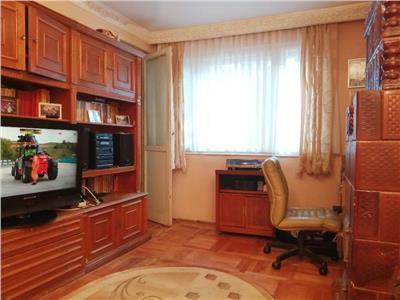 vanzare apartament 3 camere in vila zona tineretului Bucuresti