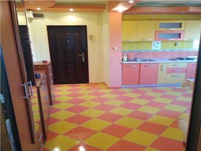 vanzare apartament 4 camere zona sebastian Bucuresti