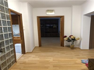 vanzare apartament 3 camere zona sebastian Bucuresti