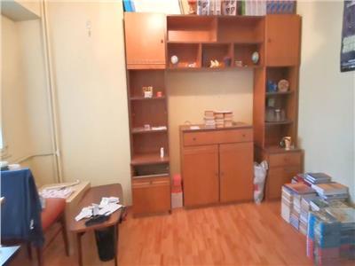 vanzare apartament 4 camere - ion mihalache Bucuresti