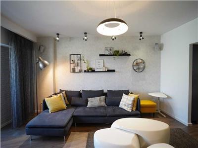Vanzare apartament 3 camere Piata Victoriei - 1 Mai - Superb/ La cheie