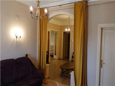 vanzare apartament interbelic 3 camere zona mosilor - avps Bucuresti