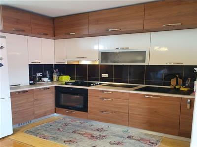 vanzare apartament deosebit 3 camere  in centru Otopeni