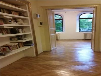 Vanzare apartament 4 camere,cu garaj si terasa zona Pache Protopopescu