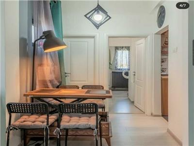 Vanzare apartament 3 camere Nerva Traian | mobilat si utilat | centrala de bloc | lift nou