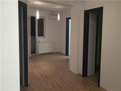 vanzare apartament 3 camere unirii | renovat recent | nemobilat | centrala termica proprie Bucuresti