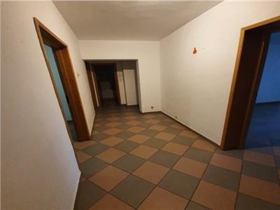 Vanzare apartament 3 camere Unirii |