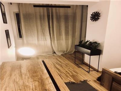 Vanzare apartament spatios deosebit 2 camere in Colentina