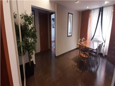 vanzare apartament 3 camere unirii | mobilat si utilat | centrala proprie | 2 bai Bucuresti