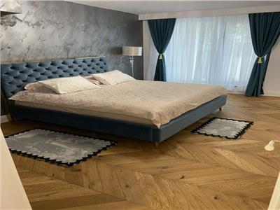 Apartament 3 camere | 110 mp utili + 60mp terasa, curte | Bloc 2020