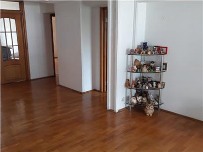 vanzare apartament 4 camere unirii Bucuresti