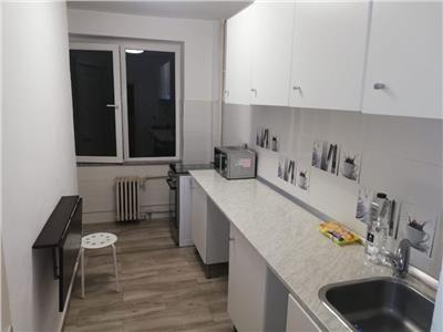 Vanzare apartament 2 camere Magheru Piata Romana