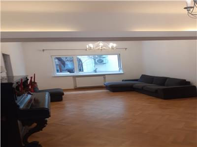 oferta inchiriere apartament 3 camere in zona piata romana Bucuresti
