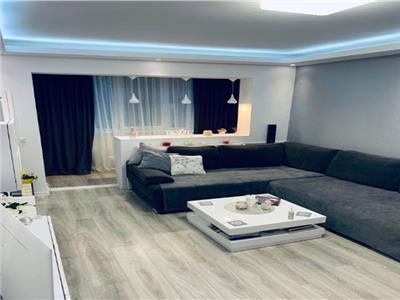 Vanzare apartament 4 camere Aparatorii Patriei - Berceni