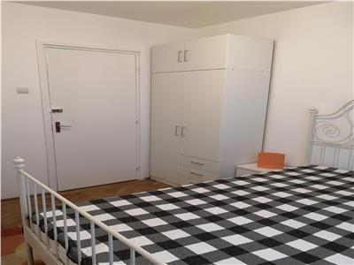 oferta inchiriere apartament 3 camere  in zona berceni,langa piata cultural Bucuresti