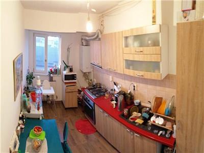 vanzare apartament 2 camere aparatorii patriei 87 mp Bucuresti