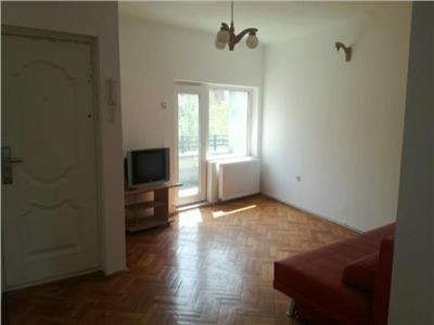 Vanzare apartament 3 camere Armeneasca- Spatarului