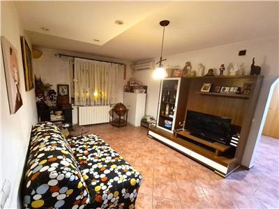 vanzare apartament 3 camere crangasi Bucuresti