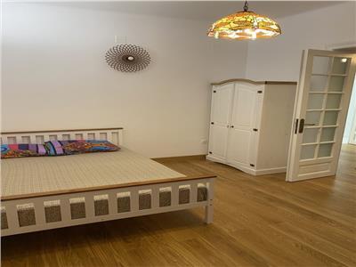 vanzare apartament 2 camere mosilor- sfantul gheorghe Bucuresti