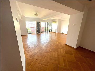 inchiriere apartament 4 camere transformat in 3 camere   stradal bd. unirii   bucatarie mobilata si utilata   Bucuresti