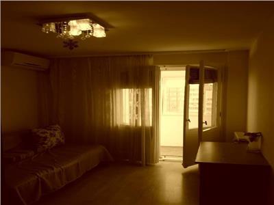 Vanzare apartament 3 camere Dristor   Loc de parcare