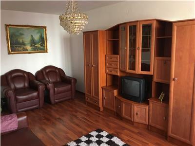 oferta vanzare apartament 2 camere, decomandat, bloc 1980, etaj 4/8, bloc reabilitat, amenajat, liber. Bucuresti