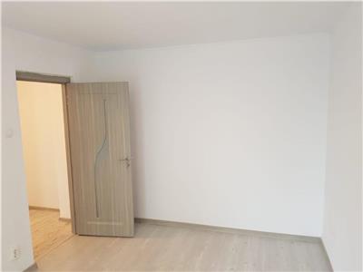 oferta apartament 2 camere, la 2 min de metrou 1 decembrie, etaj 2/10, decomandat, 50mp utili, bloc 1979 reabilitat, renovat, liber. Bucuresti