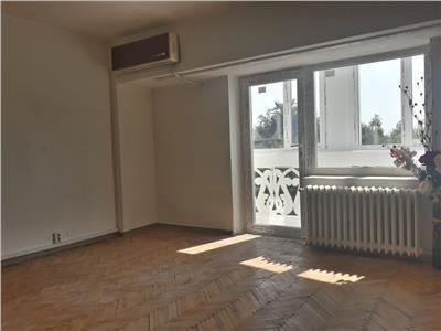 vanzare apartament 3 camere bld. libertatii - unirii Bucuresti