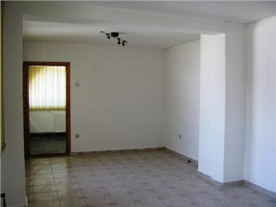 Inchiriere casa 5 camere Ploiesti zona Bd-ul Castanilor