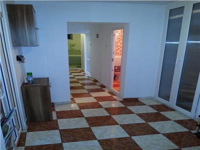Vanzare 3 camere modern Crangasi