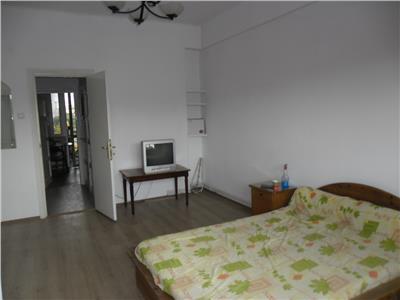 Apartament 3 camere de vanzare Unirii - Sfanta Vineri, Bucuresti
