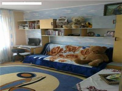 Vanzare apartament 3 camere Crangasi Metrou
