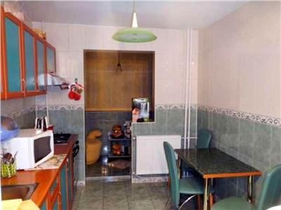 Apartament 3 camere de vanzare Dristor - Metrou, Bucuresti