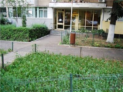 Vanzare apartament 3 camere Dristor,Bucuresti.
