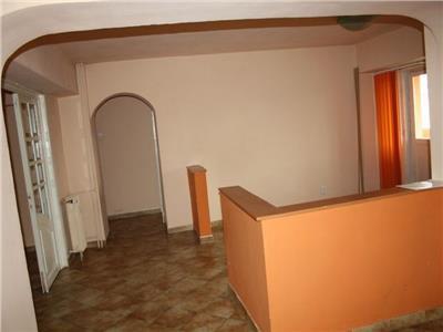 Inchiriere apartament 3 camere Unirii Decebal ,Bucuresti